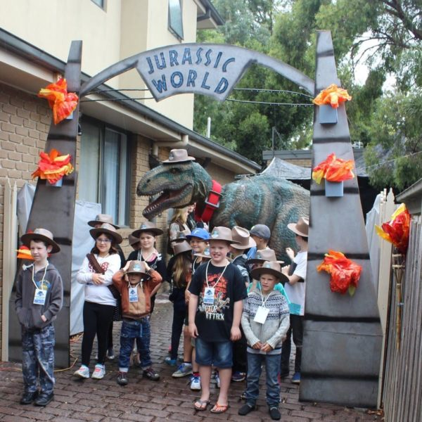 dinosaur parties Australia